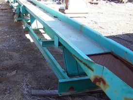 18 in. wide x 39 ft. long Vibrating Conveyor