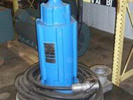 Reliance Submersible Aerator Pumps