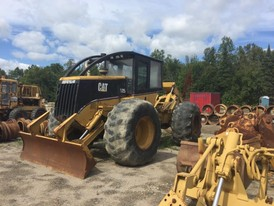 CAT 525 Grapple Skidder