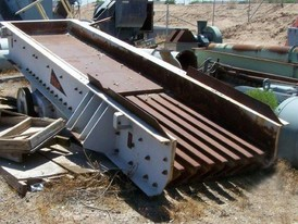 Used Triton Grizzly Feeder. 3 ft. x 14 ft. Model TF4016.