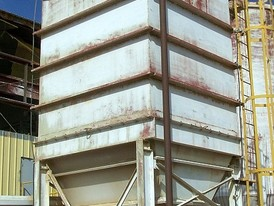 Enclosed 10 x 9 Silo with Dust Collector