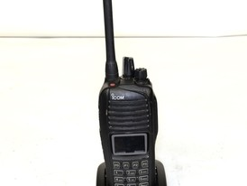Icom F3261DT 40 Series Digital/Analog Portable Radio