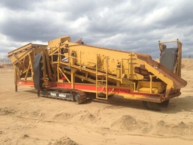 6 x 16 CEC 2 Deck Track Mounted Screener for Sale