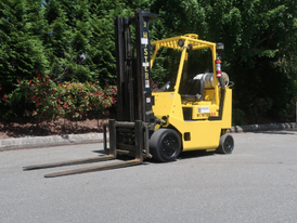 Hyster 8,000 lbs Forklift