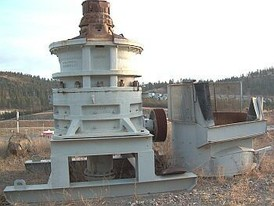 Used Allis Chalmers 1560 Gyratory Crusher - complete with stand and hydraulic system