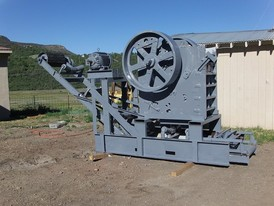 15 in. x 24 in. Austin Western Jaw Crusher for Sale