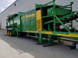 2000 McCloskey 621 Trommel Screener