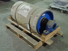 Luff Industries 18 x 32 Lagged Pulley