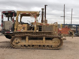 CAT D5B Crawler Drain Hole Rig