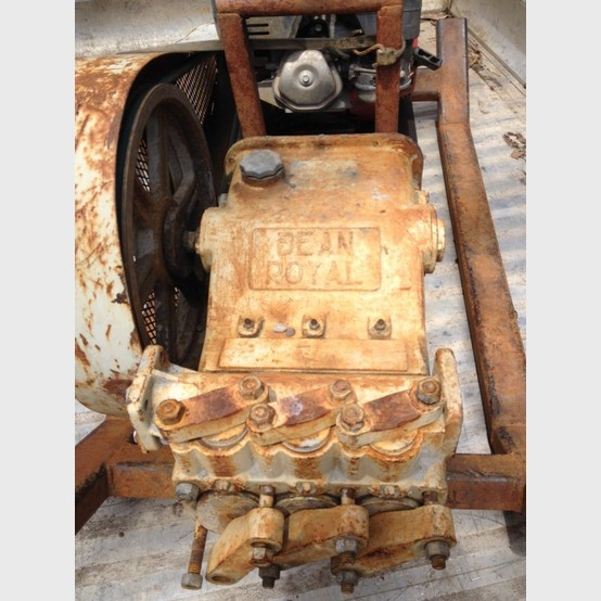 fmc royal bean  triplex pump sold reconditioned  savona equipment mud pumps