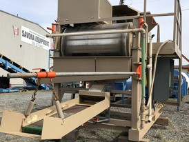 30 in. Dia. x 45.5 in. Wide Magnetic Drum Separator & Feed Hopper System