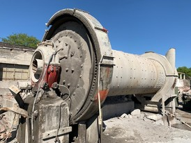 2000 mm x 5470 mm (6.5 ft. x 18 ft.) Ball Mill