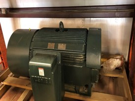 Toshiba 400 HP 575 Volt Electric Motor