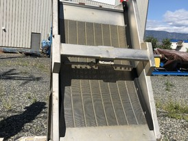 Sweco Stationary Trash/Dewatering Screen