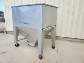80 ft.³ Portable Stainless Steel Hopper