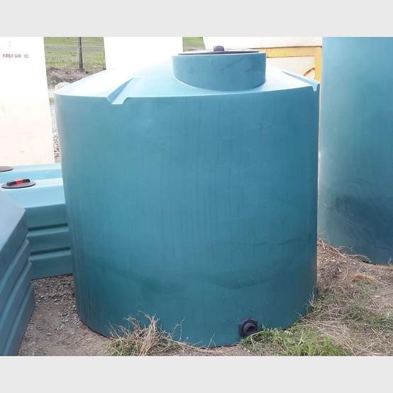 New Vertical Polyethylene Tank Supplier New 800 Gallon