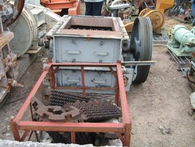 Williams 24 in. x 33 in. Roll Crusher