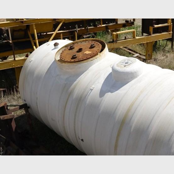 Used 14,500 gallon fiberglass tank for sale | Fiberglass storage
