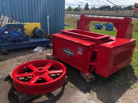 Mclanahan 18 x 48 Black Diamond Double Roll Crusher