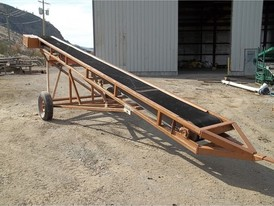 18 in x 24 ft Portable Conveyor